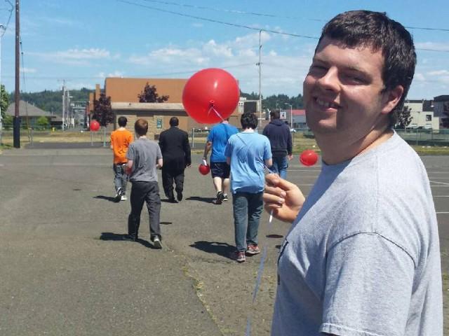 Red Ballon Walk